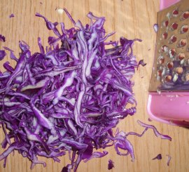 cut the red cabbage